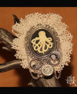 broche Dentelle Octopus Steampunk