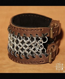 Bracelet de force en Maille