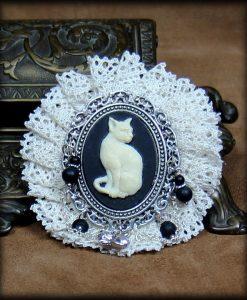 barrette chat et dentelle