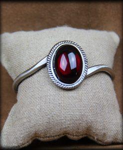 bracelet rigide Blood Light