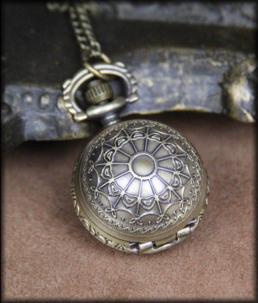 petite montre gothique
